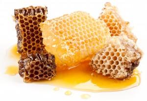 Медовые соты помогают безопасно лечить изжогу