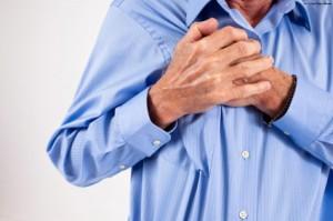 боль в груди справа