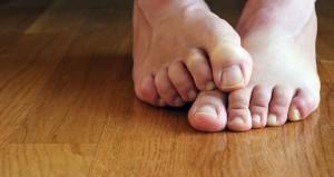 боль в пальце ноги