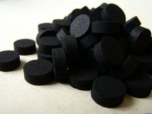 Черный или зеленый стул после приема активированного угля: причины, как действовать